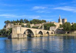 En Avignon (Vaucluse), de jolis lieux de balades romantiques.
