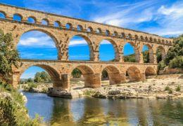 Sorties amoureuses et romantiques à Nîmes (Gard).